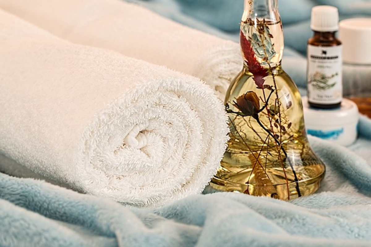 Aroomteraapiline massaaž