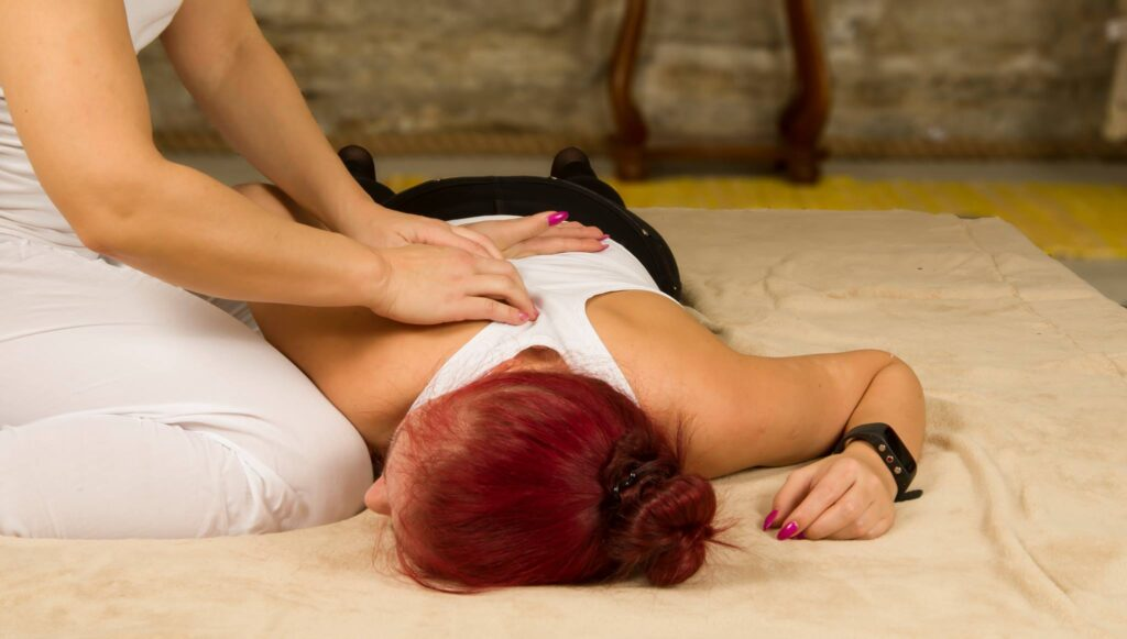 Teraapiline massaaž abaluu